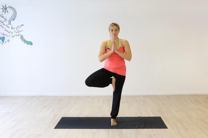 0015 Yoga Positions © GJ Art.jpg